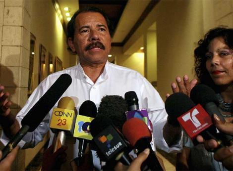http://www.elboomeran.com/upload/fotos/blogs_entradas/el_presidente_de_nicaragua_daniel_ortega_med.jpg